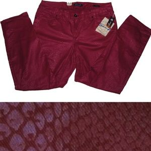 New SEVEN7 Skinny Jeans Deep Red Reptile 18